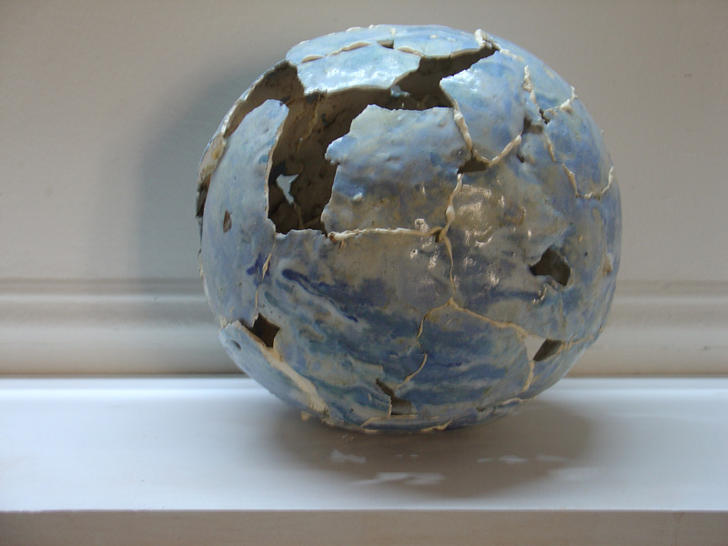 ball-ceramic-blue